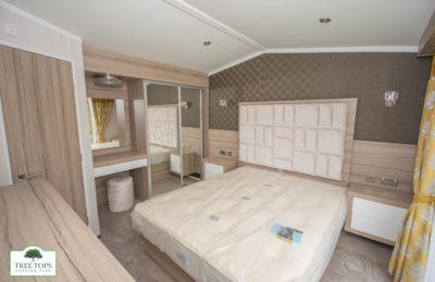 Swift Champagne Lodge